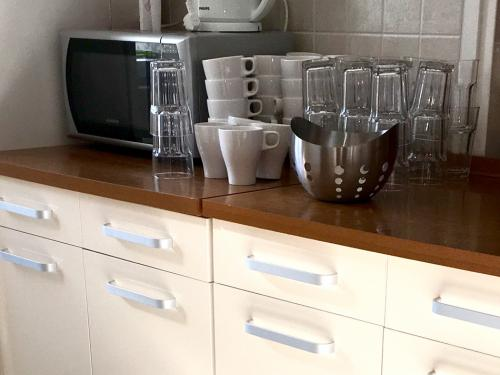 kuparic-kuhinja-i-trpezarija-dole-3