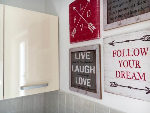 kuparic-kuhinja-i-trpezarija-dole-4-detalj